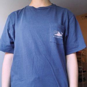 USA vineyard vines t-shirt